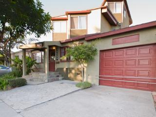 Architectural-5 Bed 3 BA-Fantastic Location, Unique & Upscale! 6 Blocks to Beach - Marina del Rey vacation rentals