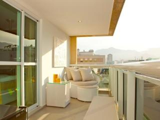 Luxurious Penthouse in Lagoa- Ipenema - Duque de Caxias vacation rentals