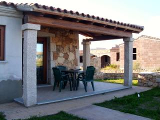 T 19- Holiday house with garden - La Caletta vacation rentals