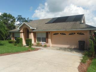 Beautiful 3 Bedroom Villa from $95 per night - Davenport vacation rentals