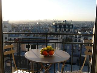 Apt in Montmartre with breathtaking view of Paris - Venice vacation rentals