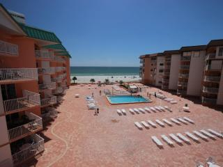 Beach Cottage 2402 - Treasure Island vacation rentals