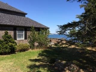 EAST WATCH | SOUTHPORT MAINE | OCEAN FRONT | MEDIA ROOM - East Boothbay vacation rentals