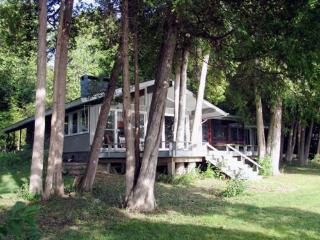 Cozy Lake Champlain Retreat - Plattsburgh vacation rentals