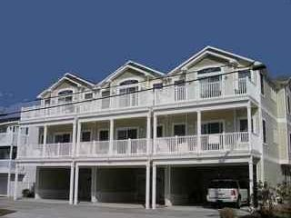 Beautiful North Wildwood, NJ Condo - 1 Blk from Beach & Boardwalk! - North Wildwood vacation rentals