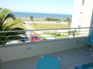 New furnished apartment on the beach front  - Apartment with 90m² floor area and balcony - PT-1075581-Espinho - Espinho vacation rentals