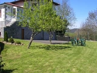 Apartment overlooking the peaks of Europe  for max. 7 people  - ES-1075613-CANGAS DE ONIS - Asturias vacation rentals