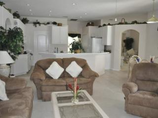 4 Bedroom 3 Bathroom Pool Home In Highland Reserve - Orlando vacation rentals