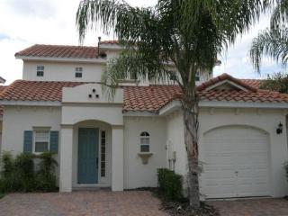 4 Bedroom 3.5 Bath with pool and spa. - Orlando vacation rentals