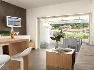 Habour Loft Villa, convenient location, minutes to beaches and shops - Saint Barthelemy vacation rentals