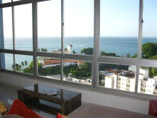 Splendid 360 degrees view of Top Floor-3 bedrooms - Salvador vacation rentals