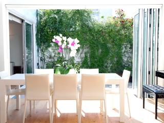 ***Last Minute***Exquisite 3 Bedroom House 7 Guests***Primrose Hill Cottage - London vacation rentals