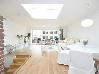 ***Last Minute 2Bedroom Apartment 6 Guests***Covent Garden Penthouse - London vacation rentals