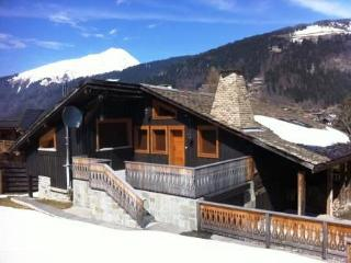 **5 BEDROOM RECENTLY RENOVATED CHALET IN MORZINE** - Morzine vacation rentals