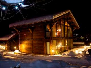 **5 BEDROOM LUXURY CHALET WITH SAUNA IN MORZINE** - Rhone-Alpes vacation rentals