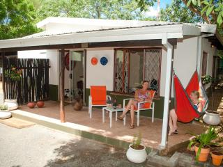 BB Orange cottage is situated between the world-renowned Hluhluwe/Umfolozi Game Reserve and the Greater St Lucia Wetland Park. - Kimberley vacation rentals
