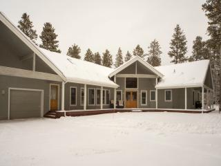 Custom High-End Mountain Home: Wooded Area, Close to Town Sleeps 16-20 - Winter Park vacation rentals