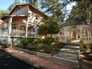 Cedar Lodge - Idyllwild vacation rentals