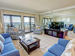 Breakers East 801 - Book Online! Gulf Front in Heart of Destin!  Low Rates! Buy 3 Nights or More Get One FREE! - Destin vacation rentals