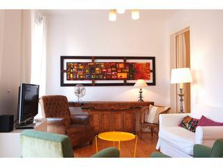 BAIXAFLAT - AIRPORT PICK-UP, CENTRAL, MAX. 7 PEOPLE. - Lisbon vacation rentals
