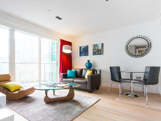 Shoreditch: IVY LETTINGS (wifi + discounts) - London vacation rentals
