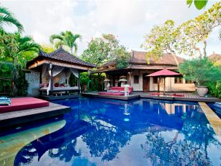 Nani, Tropical Luxury Villa,Central Seminyak 4 Bed - Seminyak vacation rentals