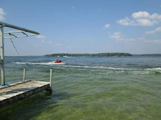 Yours Meihn & Ours - Traverse City vacation rentals