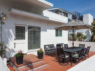 Gorgeous Renovated Classic Beach Cottages (68369) - Newport Beach vacation rentals