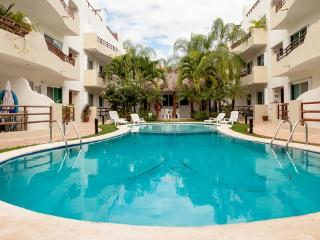 Margaritas A205 - Condo for 5, near the beach - Playa del Carmen vacation rentals