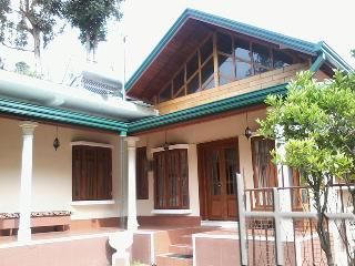 Holiday Bungalow in Nuwara Eliya - Nuwara Eliya District vacation rentals