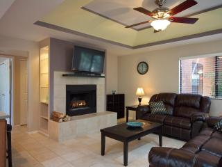 Secluded Remodeled Ground Floor Condo - Arizona vacation rentals