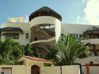 Mirasol 3; Beautiful and spacious 3 bedroom condo! - Playa del Carmen vacation rentals