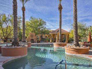 Fabulous 3BD/2BA Furnished Ground Floor Condo! - Arizona vacation rentals