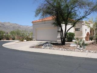 Spacious townhome offers magnificent mtn views!!! - Arizona vacation rentals