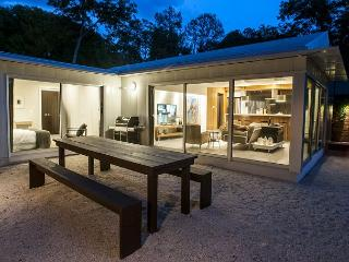Modern 2 bedroom and 2 bath Artist House that will take you into the future - Austin vacation rentals