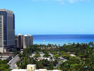 Luxury ocean view studio by Wyndham resorts - Honolulu vacation rentals