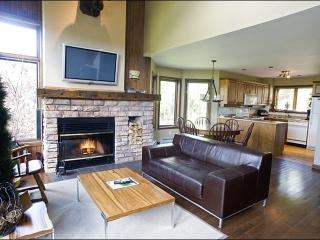 Lovely Views of Surrounding Forest - Recently Renovated and Upgraded (6041) - Mont Tremblant vacation rentals