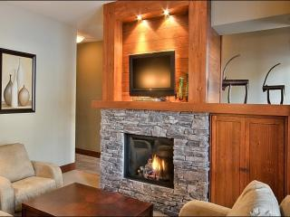 Lovely Views of Forest and Mountain - Heated Floors in the Bathroom and Kitchen (6047) - Mont Tremblant vacation rentals