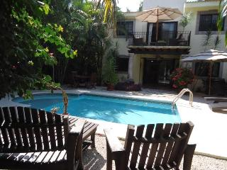 Private Pool house for 4 people. Casa Royal Palms - Playa del Carmen vacation rentals