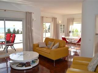 Apartment for 4 persons, with swimming pool , in Praia da Luz - Lagos vacation rentals