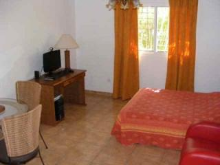 STUDIOS EDISON : 2 Furnished rental studio in Kourou near French Guiana Space Center - French Guiana vacation rentals
