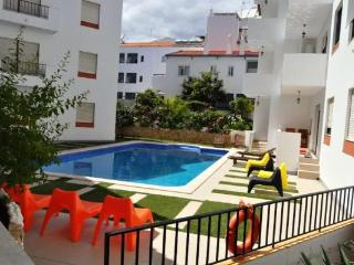 Neptuno Down Town T2 - Albufeira vacation rentals