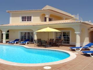 Holiday home near Calvaeiro  with beautiful garden near the beach - PT-1078914-Carvoeiro - Carvoeiro vacation rentals