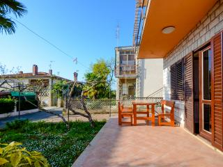 Apartments Marija - 75881-A1 - Karigador vacation rentals