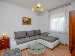 Apartments Ivanka - 85391-A2 - Selce vacation rentals
