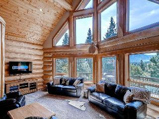 Stunning Mountain Log Cabin*6 Private Acres*Ping Pong, Wi-Fi*Slps13*Specials! - North Cascades Area vacation rentals