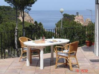 Holiday house for 8 persons, with swimming pool , near the beach in Tamariu - Tamariu vacation rentals