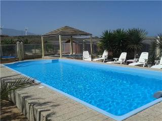 Holiday resorts for 4 persons, with swimming pool , in Abades - Arico vacation rentals