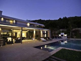 Luxury villa on the outskirts of Ibiza for  10 people with pool and sea views - ES-1078790-Jesús - Talamanca vacation rentals