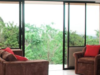 Apartment with Panoramic View of Managua Lake - Uxmal vacation rentals